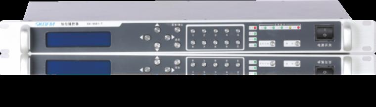发射主机对成套的无线广播设备有哪些作用?